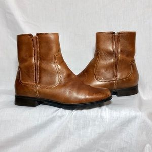 EUC Hush Puppies ankle boots